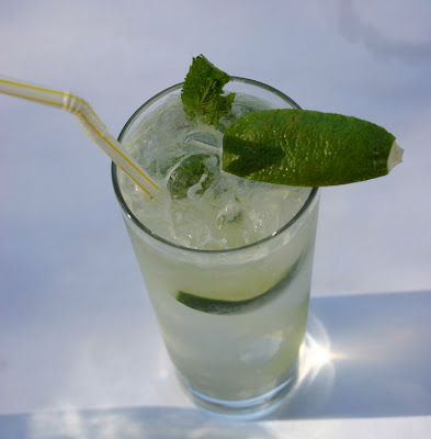 Cocktail Recipe: Classic Mojito