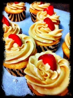 {Sneak Peek} Cupcakes!