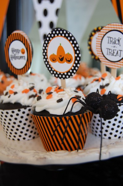 Friday Finds: Last Minute Halloween Party Decor