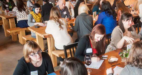 Blogger Speed Dating: Tips on Networking