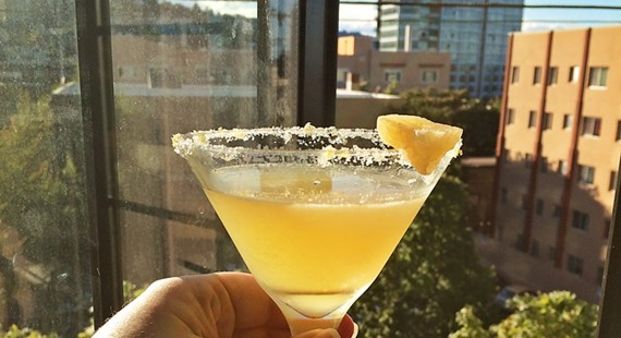 LemonGingerDropCocktail-featured