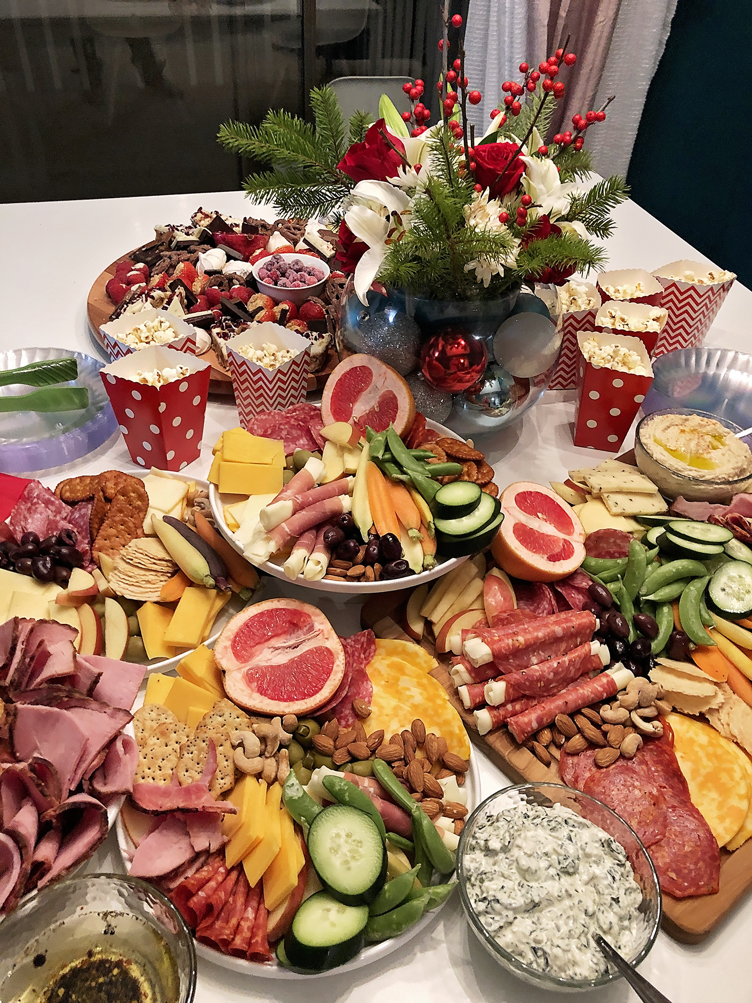 How To Build A Holiday Grazing Table A Well Crafted Party